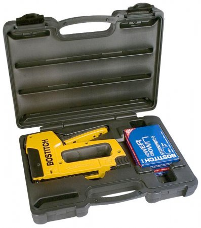 BOSTITCH staple gun set, with 1 box of staples
